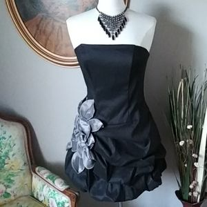 Jessica McClintock Black Silver Bubble Dress. 12P
